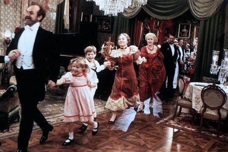 """Fotograma de la producción de 1982 de Ingmar Bergman """"Fanny y Alexander"""""""
